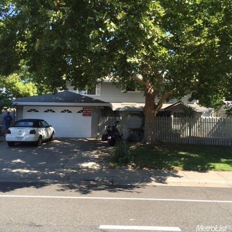 8939 La Riviera Dr, Sacramento, CA 95826