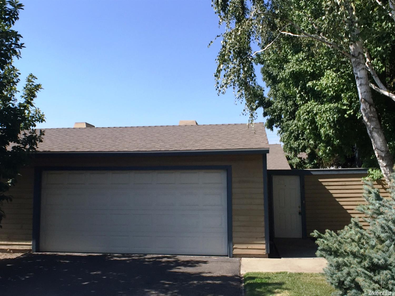 3400 Kingswood Dr #1, Modesto, CA 95355