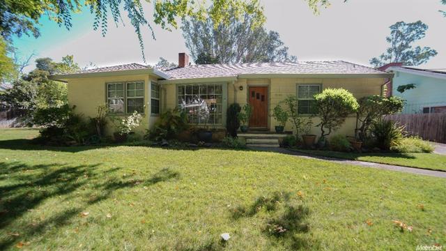 2080 Edgewater Rd, Sacramento, CA 95815