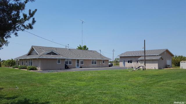 14900 Henry Rd, Oakdale, CA 95361