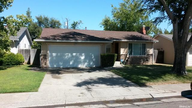 5431 Mcglashan St, Sacramento, CA 95820