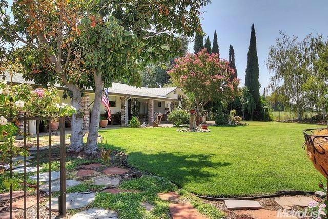 1190 Darrigo Ln, Stockton, CA 95215