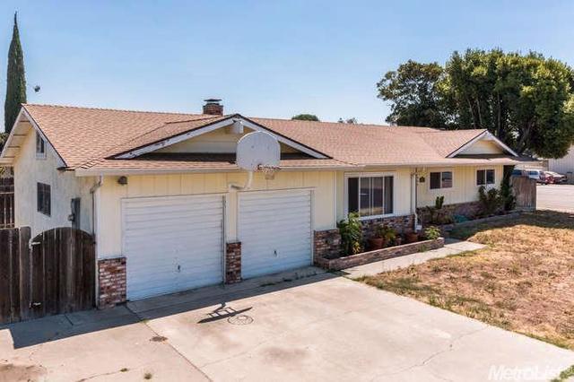 1500 Maywood Ave, Manteca, CA 95336