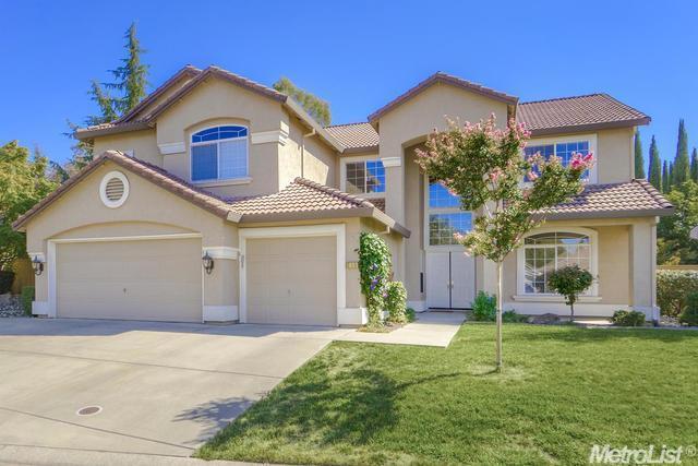 216 Heredia Ct, Roseville, CA 95747