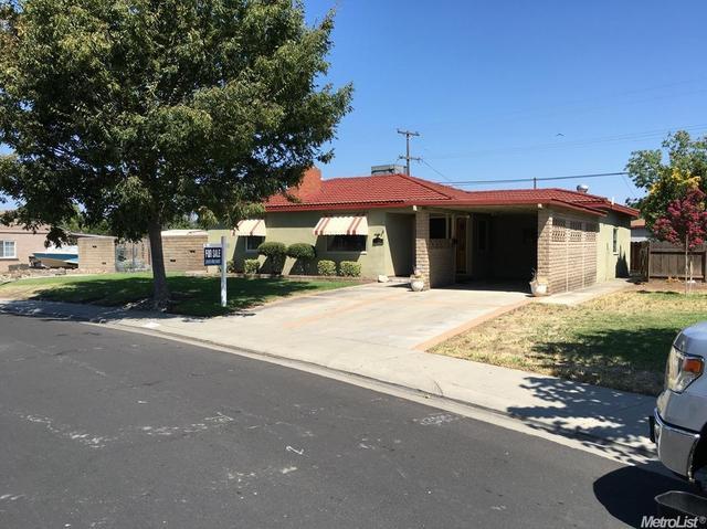 703 Pine, Manteca, CA 95336