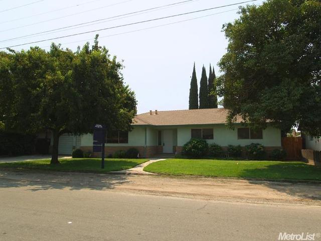 1900 Michel Ave, Modesto, CA 95358