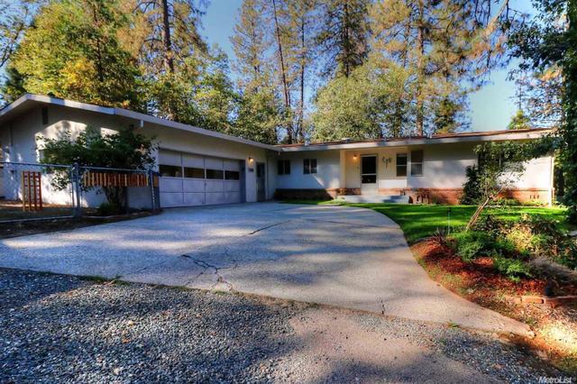 990 Acacia Dr, Meadow Vista, CA 95722