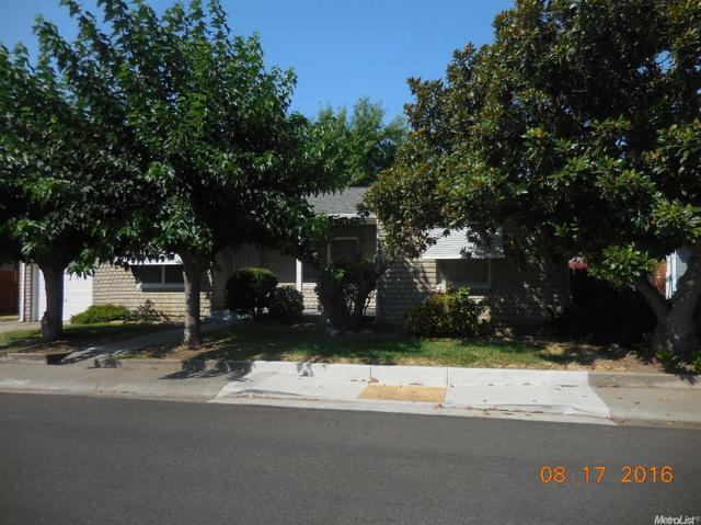 2293 Carlton Ave, Stockton, CA 95204
