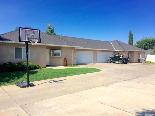 519 Pedersen Rd, Oakdale, CA 95361