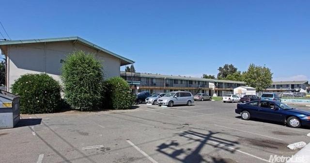 1525 N Beale Rd, Linda, CA 95901