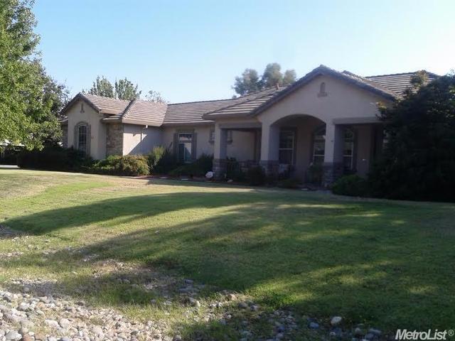 8284 Tobiano Dr, Sacramento, CA 95829