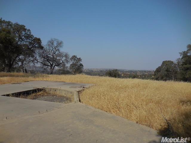 10242 Piney Creek Rd, Coulterville, CA 95311