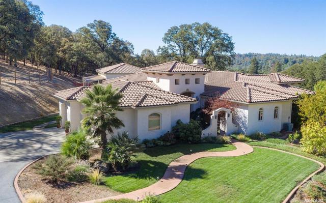 23075 Hidden Ranch Rd, Auburn, CA 95602