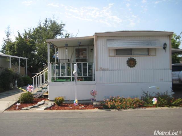 6261 Stagecoach Dr, Sacramento, CA 95842