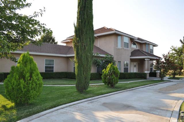 6811 Richardson Rd, Oakdale, CA 95361