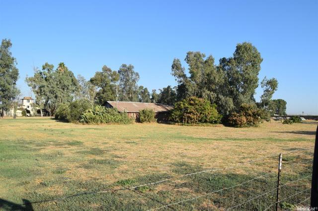 9413 W Simmons Rd, Turlock, CA 95380