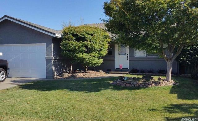 2416 Yosemite Dr, Lodi, CA 95242