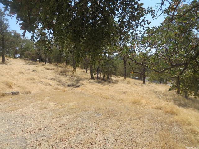 3950 Dunn Rd, Valley Springs, CA 95252