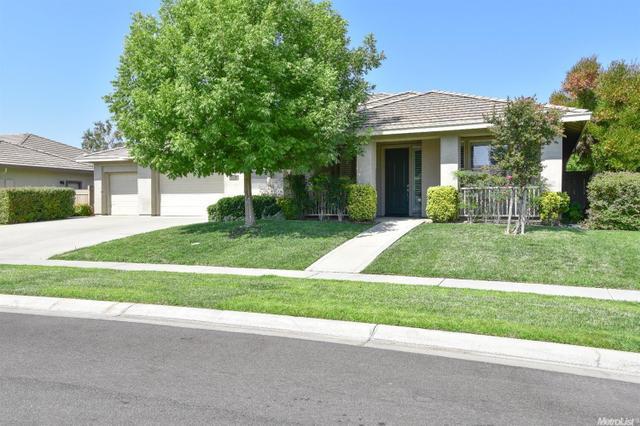 2058 Roy Ranch Way, Plumas Lake, CA 95961