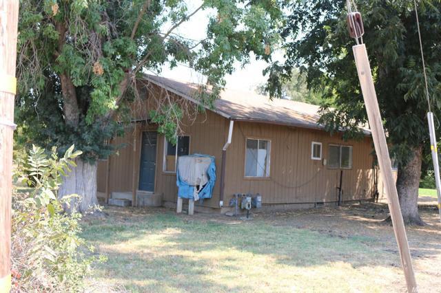 358 Cody Ave, Planada, CA 95365
