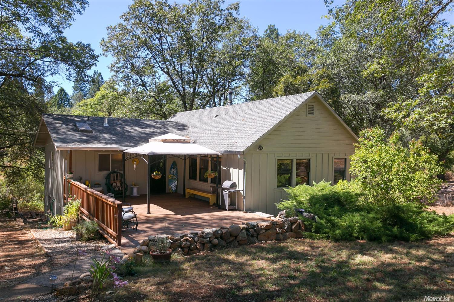 16055 Mount Olive Road, Grass Valley, CA 95945