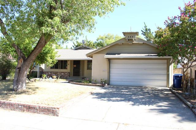 4065 Manhattan Cir, Sacramento, CA 95823