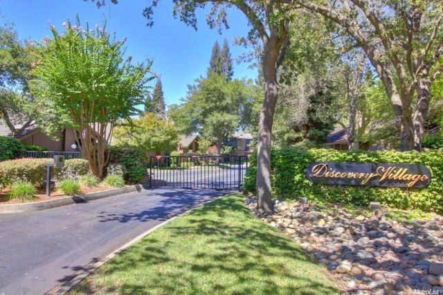 1808 Discovery Village Ln, Gold River, CA 95670