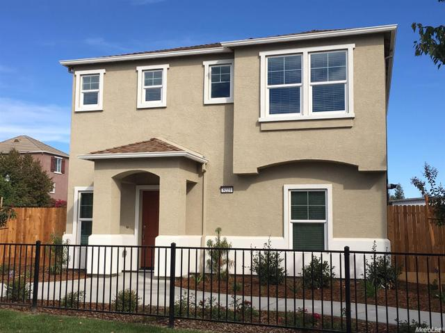 230 Chelwood Ln, Sacramento, CA 95823