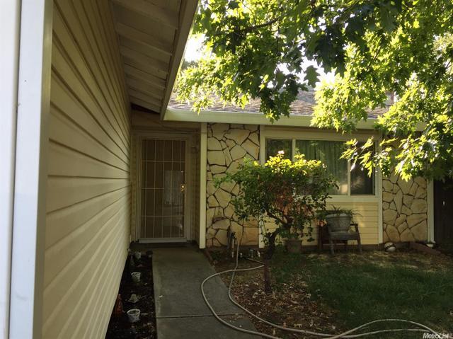 8378 Middle River Ct, Sacramento, CA 95828