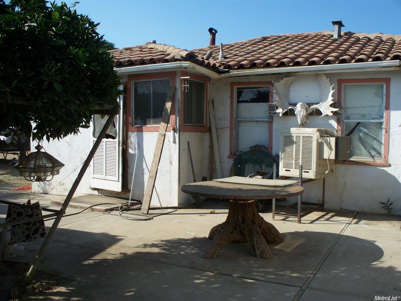 17001 S Del Puerto Ave, Patterson, CA 95363
