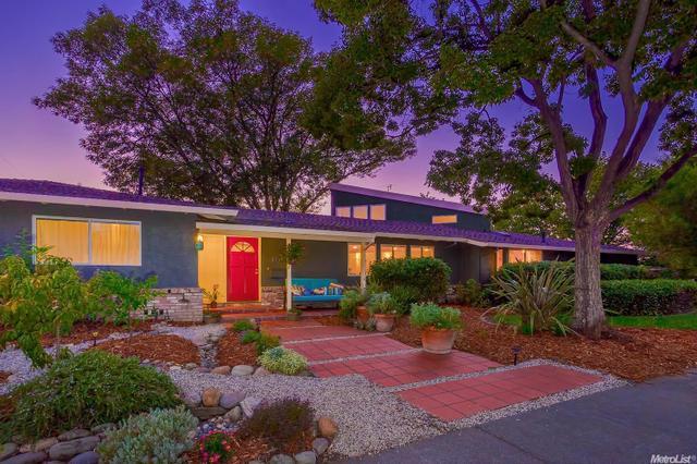1009 Redwood Ln, Davis, CA 95616