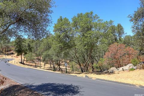 3260 Rustic Woods Ct, Loomis, CA 95650