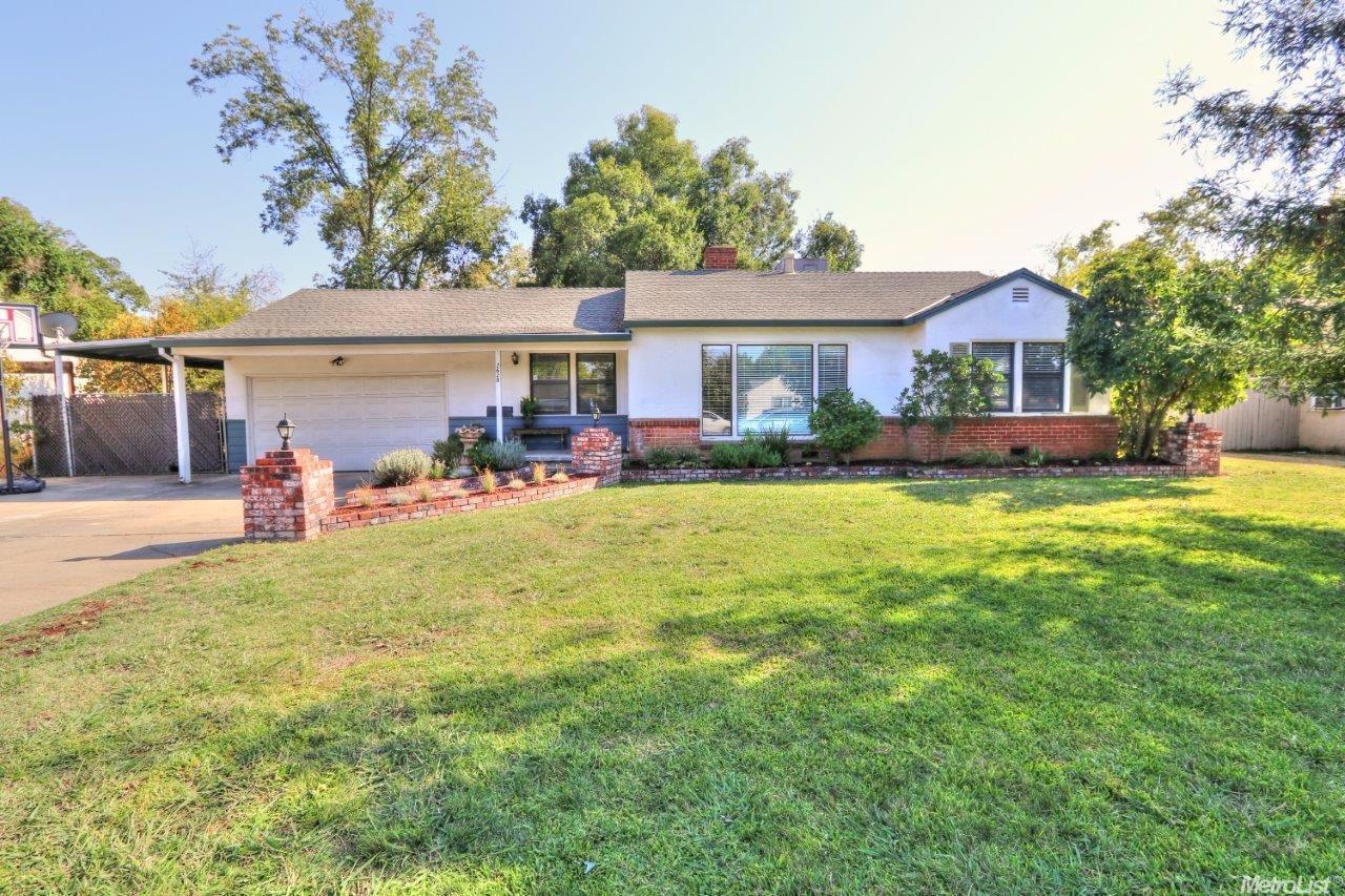 2620 Carson Way, Sacramento, CA 95821