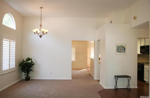 2509 Stoughton Way, Sacramento, CA 95827