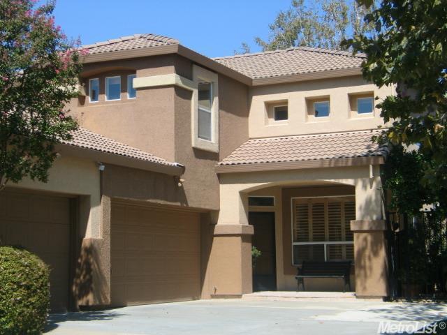 3525 E Island Court, Elk Grove, CA 95758