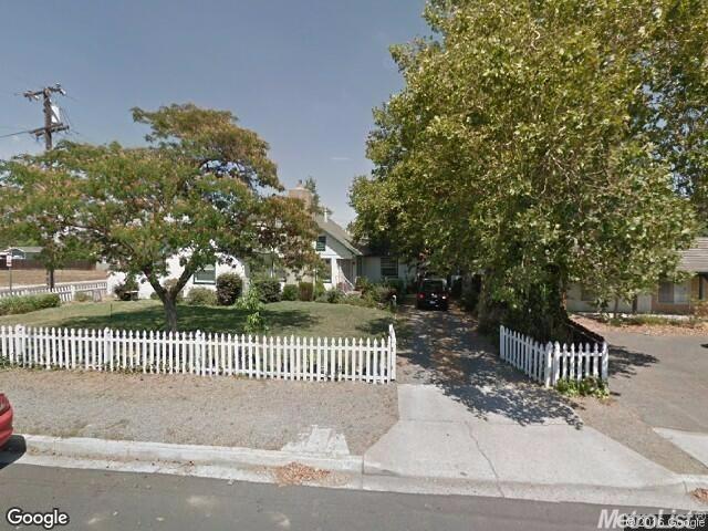 339 N Oak Ave, Oakdale, CA 95361
