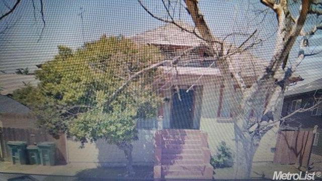 1209 E Oak St, Stockton, CA 95205