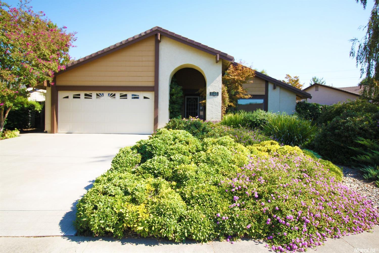 1135 Garaventa Way, Sacramento, CA 95833