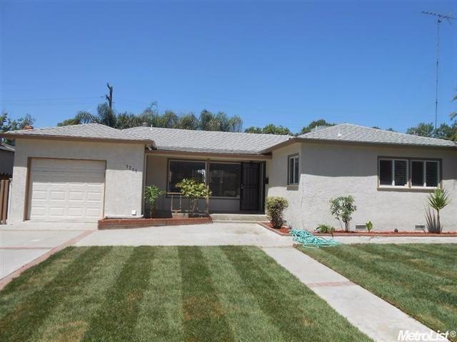 1711 Carlton, Modesto, CA 95350