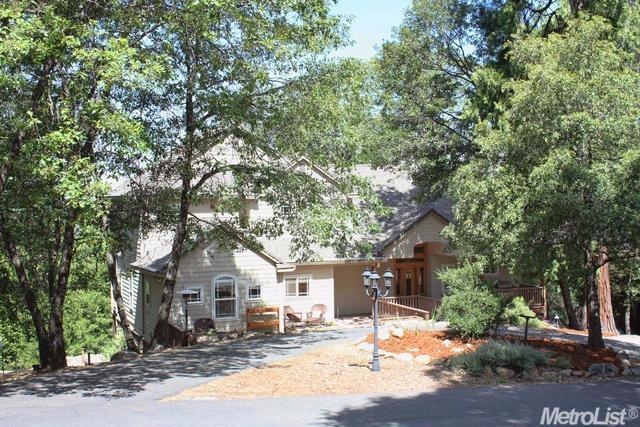 4041 Jacobsgaard Ln, Camino, CA 95709