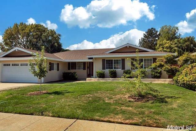 1006 Foxhall Way, Sacramento, CA 95831
