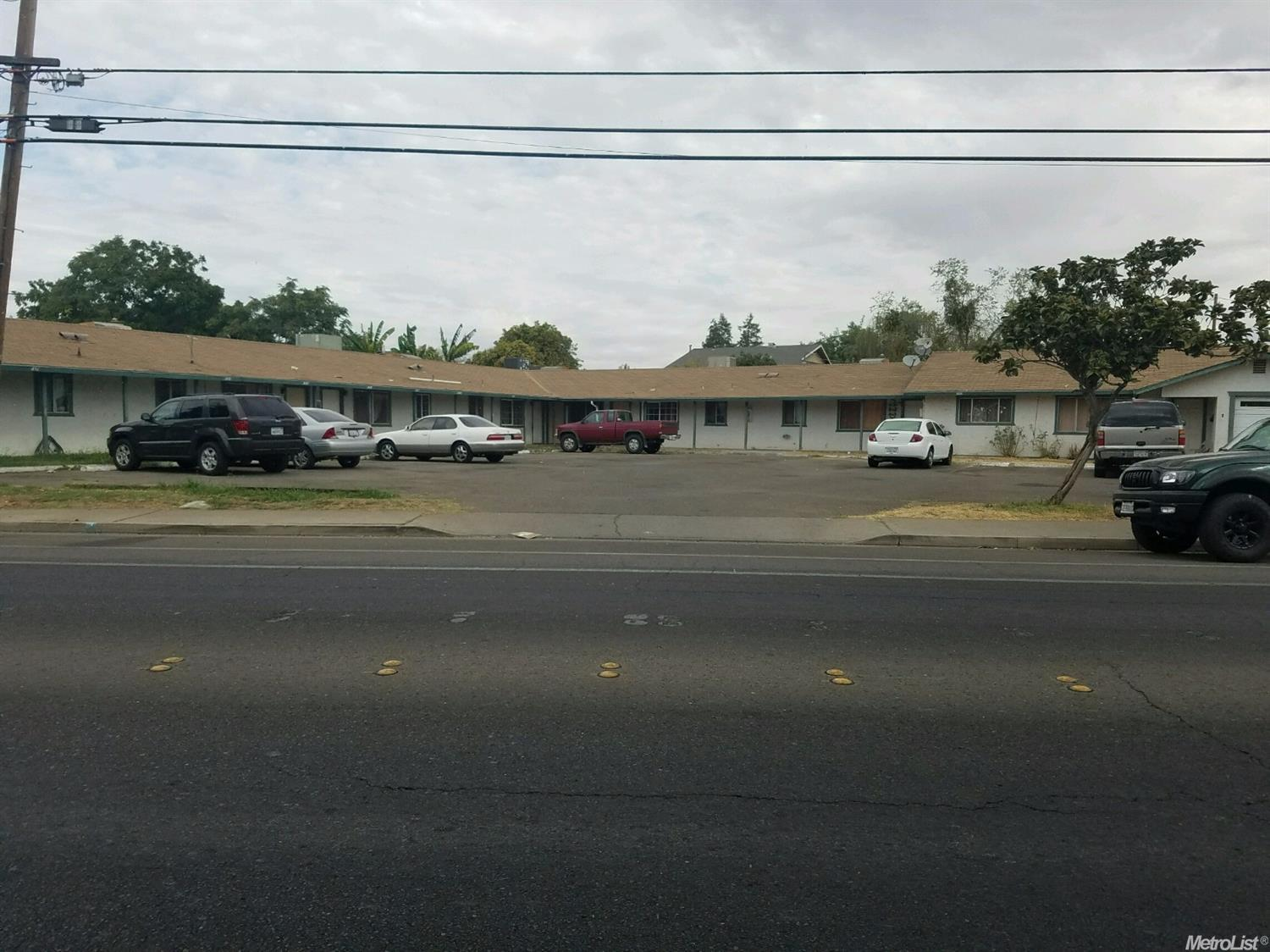 603 W Childs Ave, Merced, CA 95341