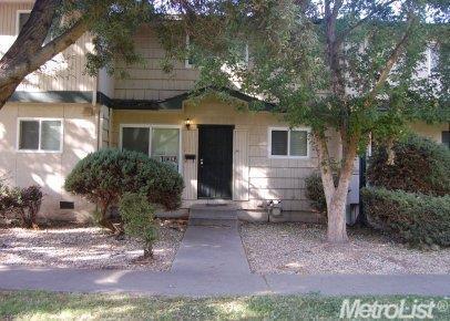 5939 Mack Rd, Sacramento, CA 95823