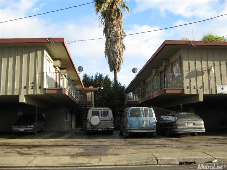 820 E Park Street, Stockton, CA 95202