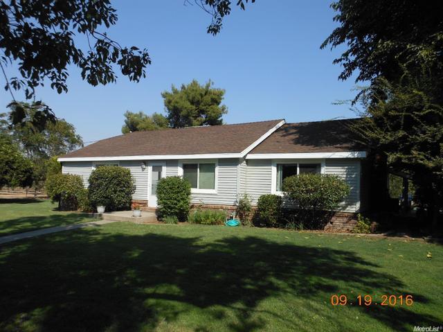 8254 Redwood Rd, Hughson, CA 95326
