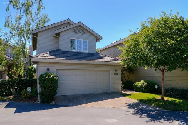 9132 River Look Ln, Fair Oaks, CA 95628