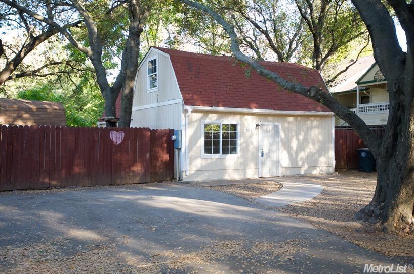 7434 Garden Meadow Ln, Citrus Heights, CA 95610