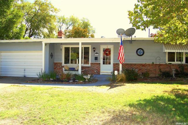 3406 Saint Mathews Dr, Sacramento, CA 95821