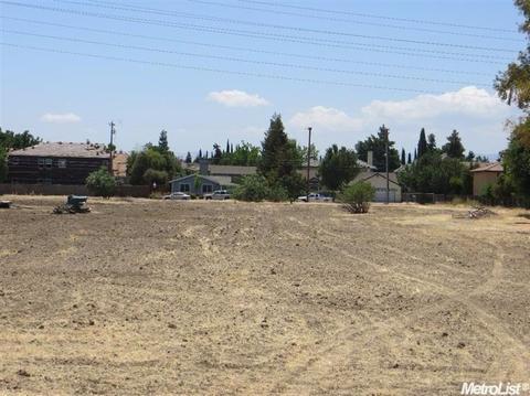 280 W Mount Diablo, Tracy, CA 95376