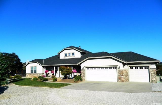 390 Bridlewood Ln, Copperopolis, CA 95228